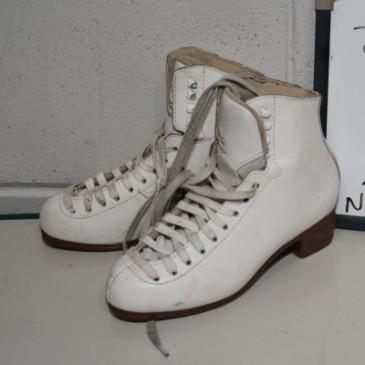Ladies Skates 047