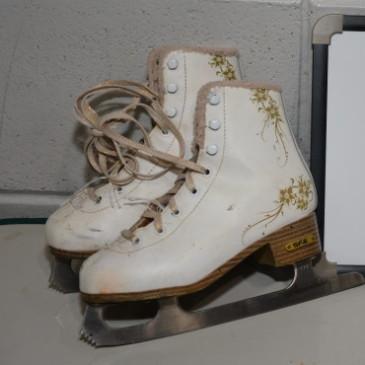 Ladies Skates 043