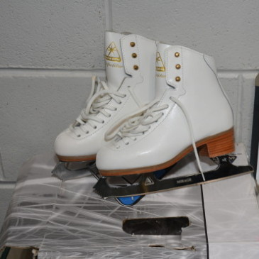 Ladies Skates 050